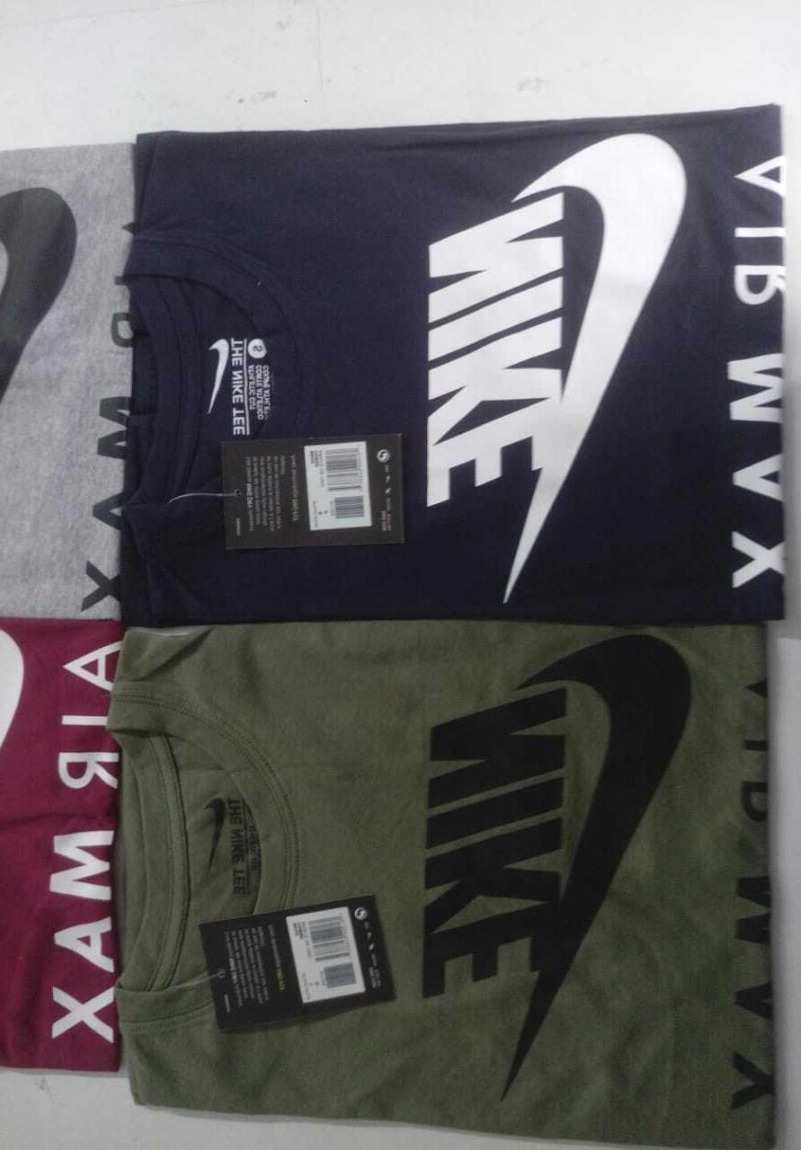 Nike Men's Graphic T-Shirt Swoosh Athletic Active Wear