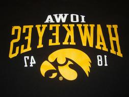 NWOT Men's Black SS Iowa Hawkeyes T-Shirt by Champion - Size